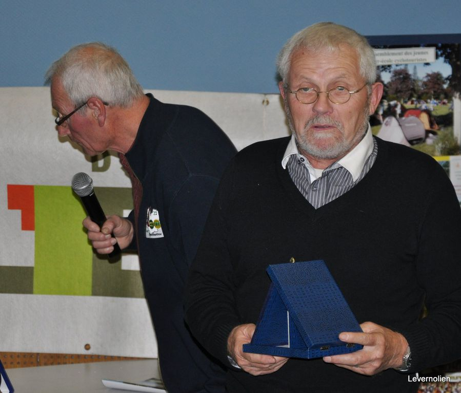 Assemblée générale du comité de cyclotourisme le 20 nov 2011 à verneuil