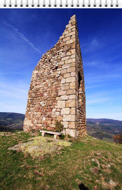 Diaporama château de Montchal - Burdignes