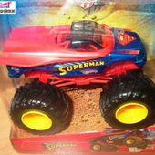 SUPERMAN MONSTER JAM HOT WHEELS 1/64 - car-collector.net