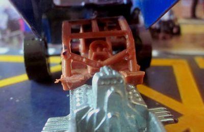 TOP ELIMINATOR PLYMOUTH BARRACUDA FUNNY CAR HOT WHEELS 1/64.