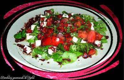 Salade au chorizo, féta et tomates