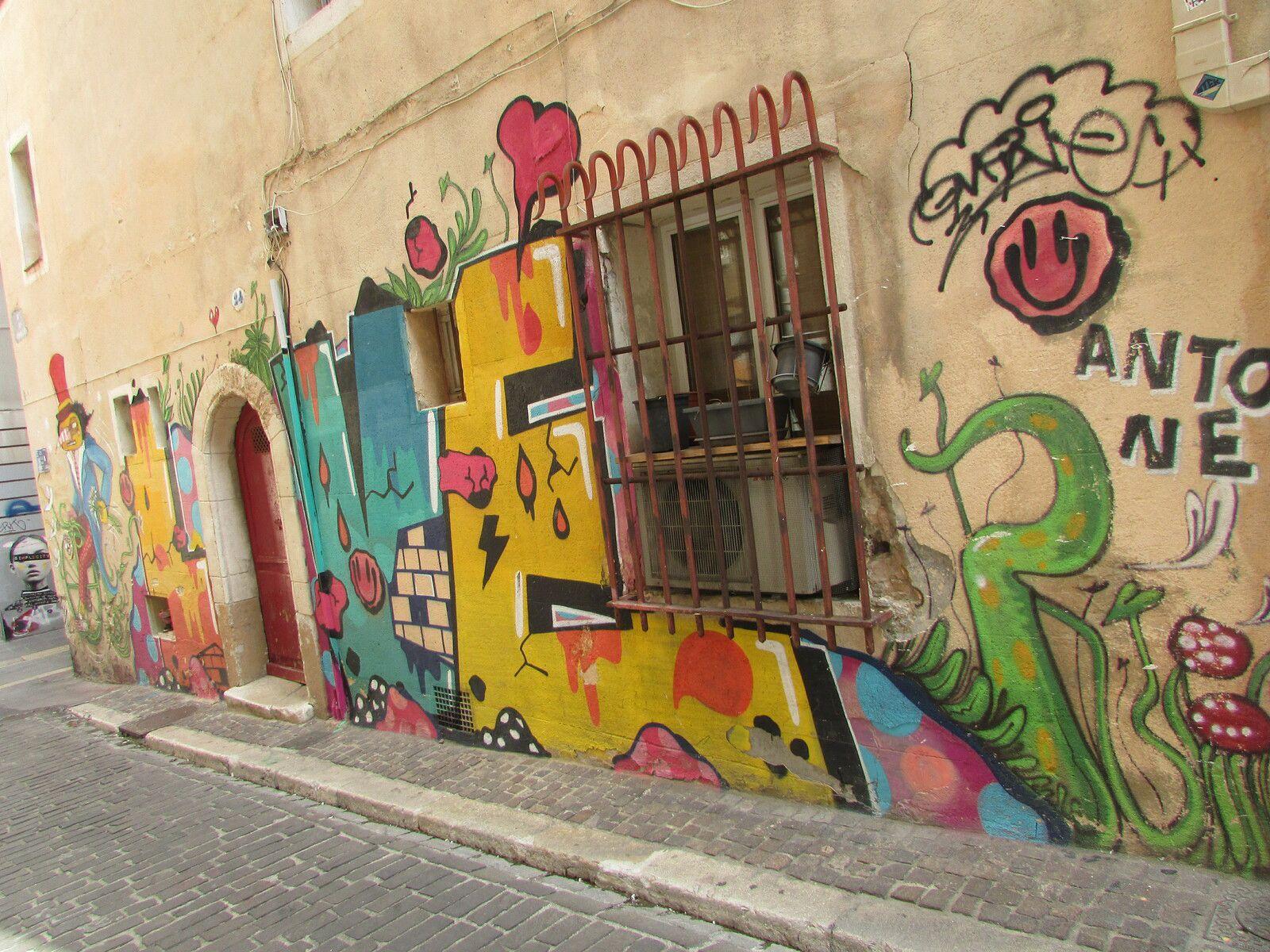 Rue des Cordelles/Simplicity/Mon quartier est beau mais pas bobo/Viens t'battre si t'es un homme/Luis Mistral Gustavo/ficher llet 1881/Tu me regardes tu veux ma photo alors prends la/