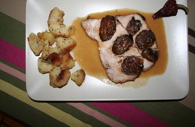 Porc aux pruneaux et rissolade de pommes de terre