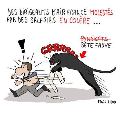 Des dirigeants d'Air France molestés par des salariés en colère...