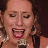 Martha Wainwright - Middle of the Lake (Official Music Video)