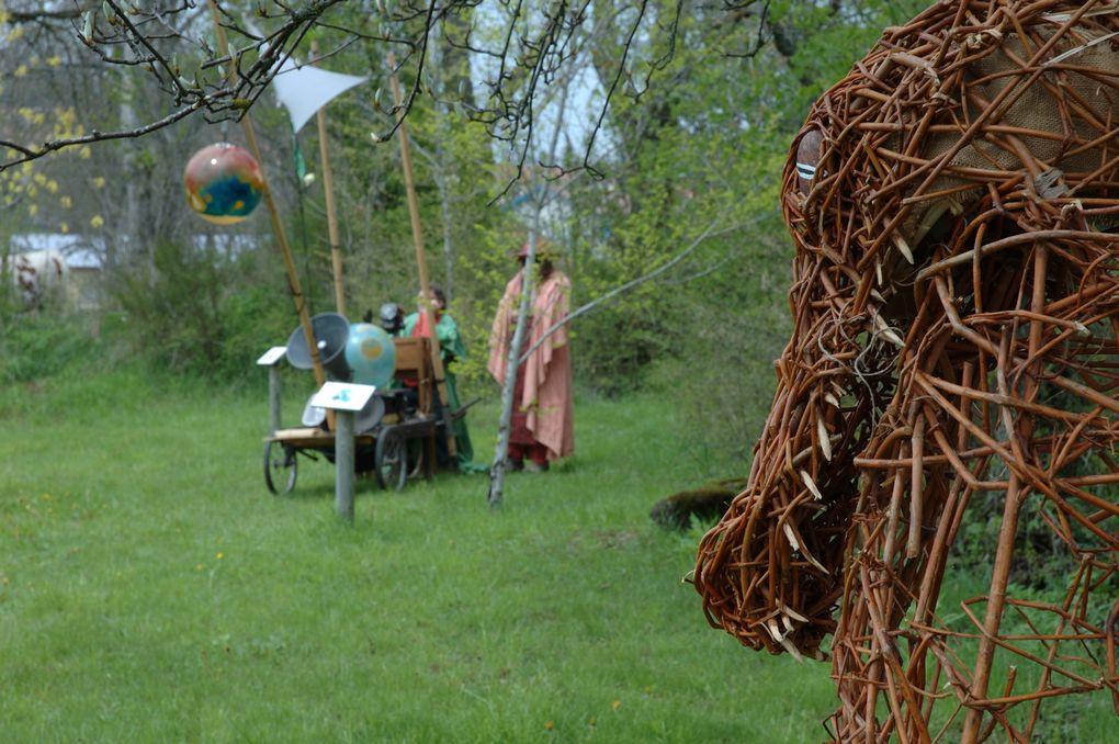 les Paysans du futur est un spectacle de sensibilisation aux pratiques agricoles respectant et préservant l'environnement.