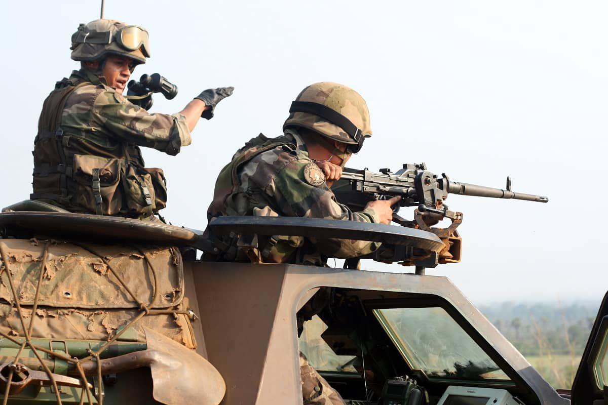 Hommage aux soldats tués au Mali