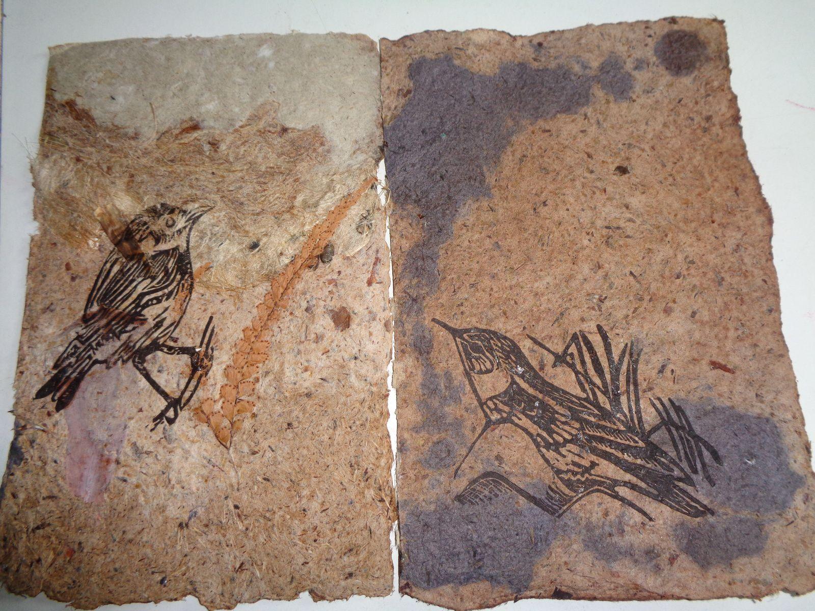 plumet de la pampa, artichaut( poils et feuilles) , feuilles de laurier, houblon, jonc, morta noir , ...........