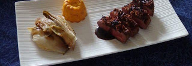 Magret de canard en croûte de pain d'épices, réduction au Pineau et flan de potiron