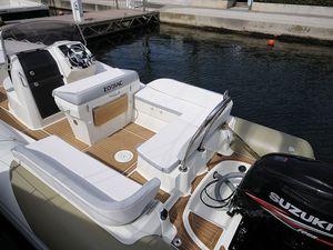 Découvrez notre dernier bateau à moteur : le ZODIAC N-ZO 760