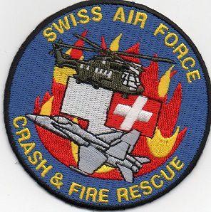 Echange l' écusson des pompiers militaires de l'armée de l'air SUISSE