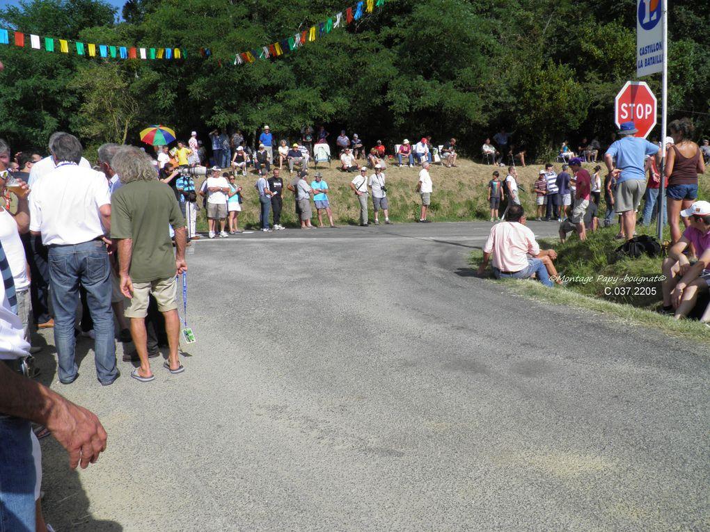 La foule des grands jours……….. C'est  sur un circuit de 3km 100 dont la célèbre et renommée côte de Belvès de près de 1km à escalader…..30 fois, voilà ce qui attendait les 37 participants de cette 39 ième édition, du  Bébé de G