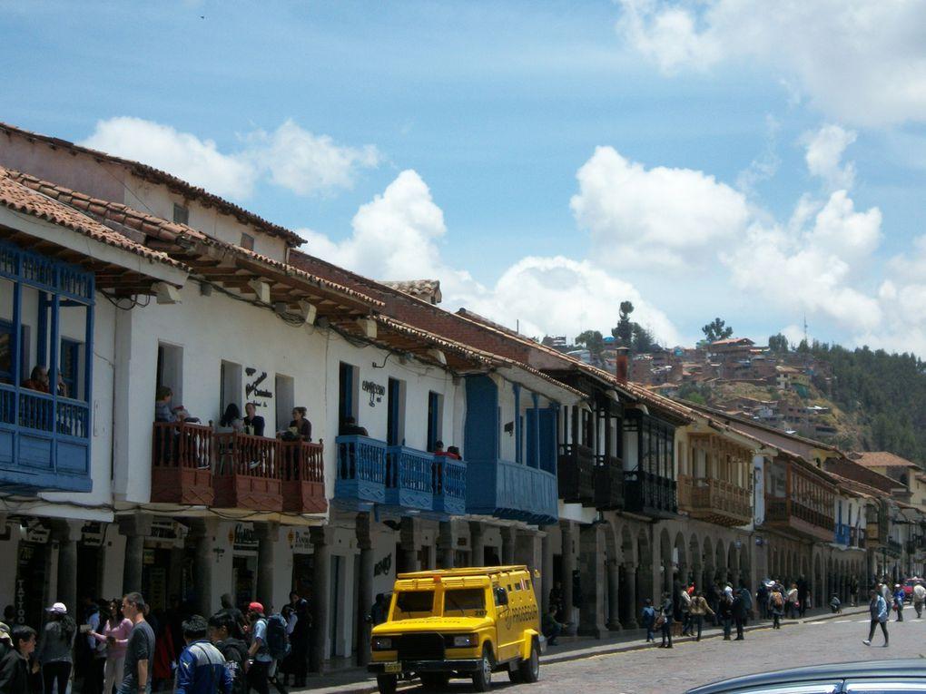 un café resto bio rue Resbalosa près de l hôtel Puma, la place de Cuzco, le marché San Pedro, notre cantine du midi