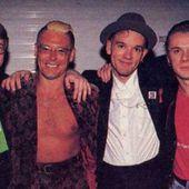 Larry Mullen et Adam Clayton au MTV Rock and Roll Inaugural Ball - Washington-20/01/1993 - U2 BLOG