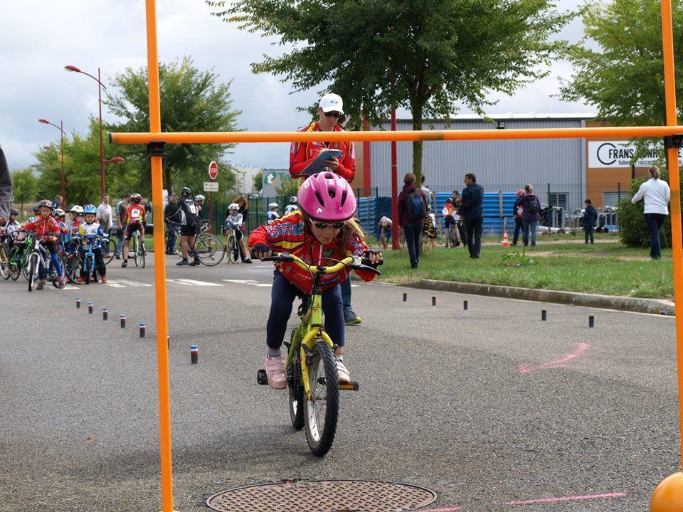 Les photos de la réunion école de cyclisme de Dreux (28)