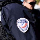 Une dame refuse de porter le masque malgré la demande insistante des policiers