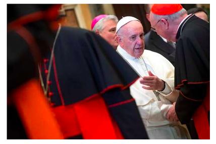 VIVRE EN MÉTAPHORES: un pape, un sphinx, une brosse à dents