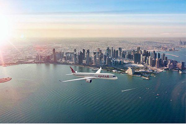 qatar airways boeing dreamliner dubai
