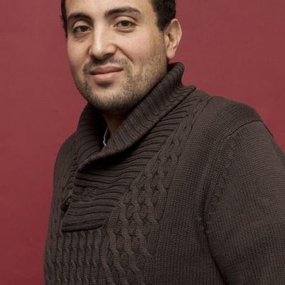 Et vous êtes....?  Razik Brikh, journaliste...
