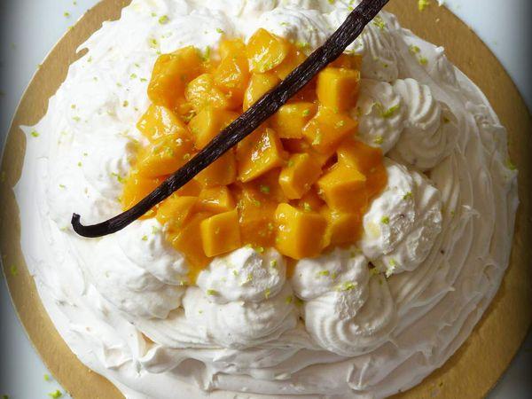 Vacherin glacé mangue et vanille