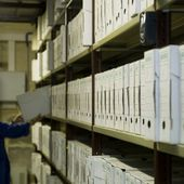 """Accès aux archives 'secret-défense' de plus de cinquante ans : """"Toute la machine est enrayée"""""""