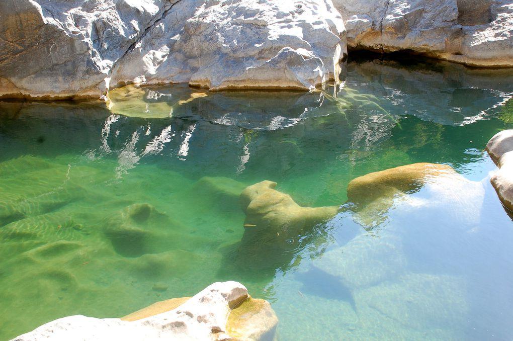 15 photos sur les gorges du Gouleyrous avec l'eau de Verdouble, c'est ici que part le captage d'où l'interdiction de baignade. (15 photos)