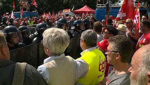 25 juin 2015: succès de la mobilisation pour l'emploi, et contre la réforme territoriale