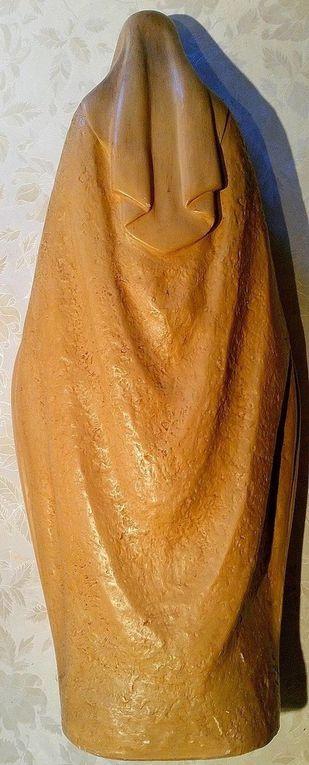 Statue vierge marie au serpent  en plâtre peint