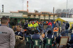 Grève de la raffinerie de Grandpuits : Total menace de lock-outer les sous-traitants