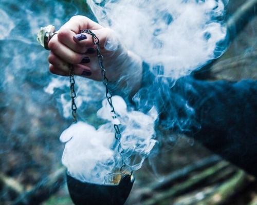 3 significant factors to know before you hire a Spellcaster in California