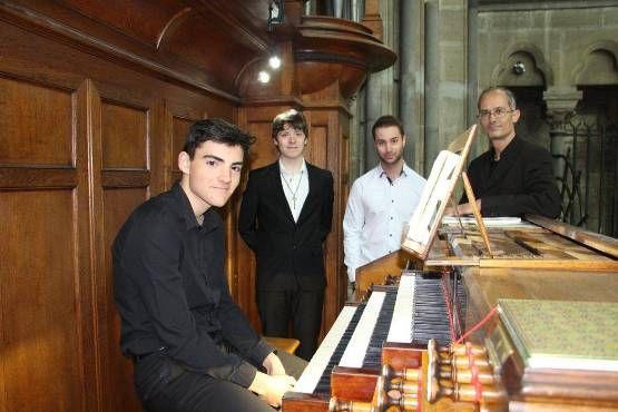 zéphyrin causin, un jeune pianiste et organiste de 24 ans qui est le nouveau visage de l'accompagnement musical et vocal de l'école musicale de moulins