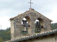 La petite église du village de Véronne (26)