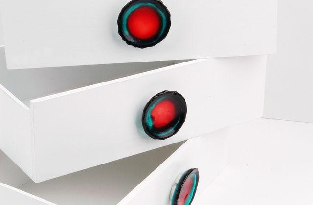 Resin-Möbelknöpfe in Türkis und Rot