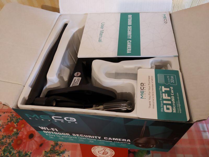unboxing de la caméra de vidéosurveillance Full HD - MECO Eleverde PTZ Outdoor @ Tests et Bons Plans