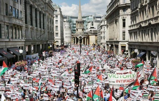 Manifestation monstre à Londres en solidarité avec la Palestine : 150 000 personnes dans la rue pour dénoncer l'agression israélienne