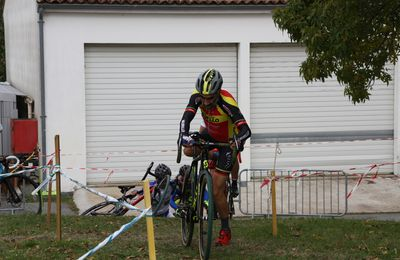 LA  ROCHELLE  CYCLO-CROSS  PC