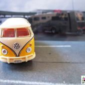 VW BUS SAMBA CARARAMA 1/72 - COMBI VITRE - car-collector.net