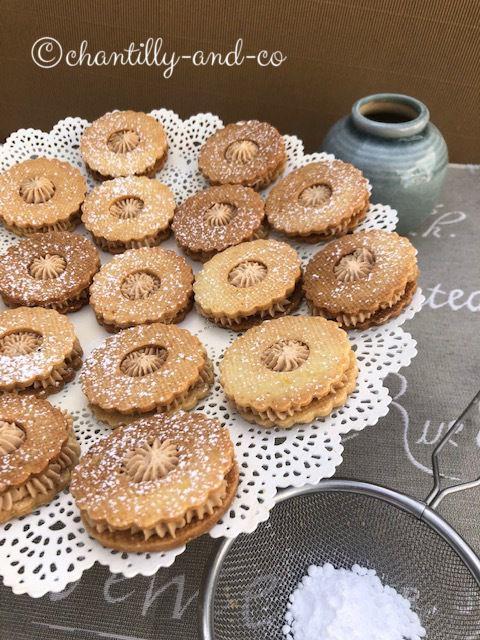 biscuit caramel