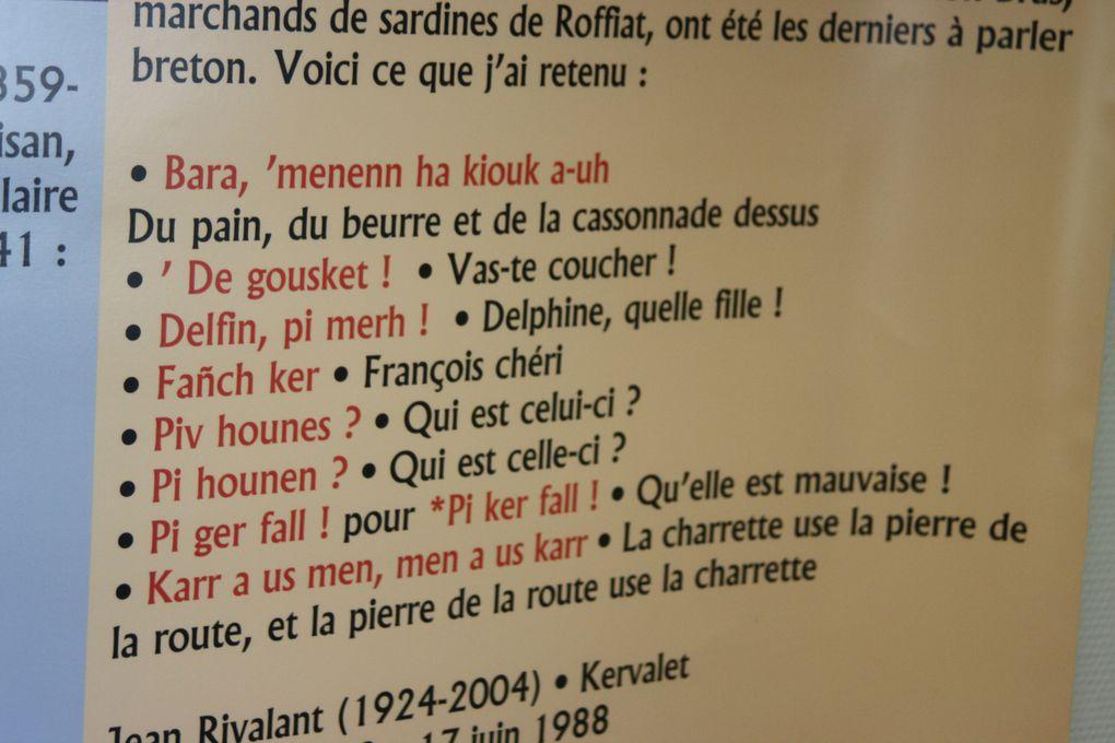 Photos de l'inauguration, au Centre culturel Yezhoù ha Sevenadur de Saint-Herblain, de l'exposition sur le breton parlé dans la Presqu'île guérandaise jusqu'au milieu du siècle dernier (pour les derniers locuteurs.