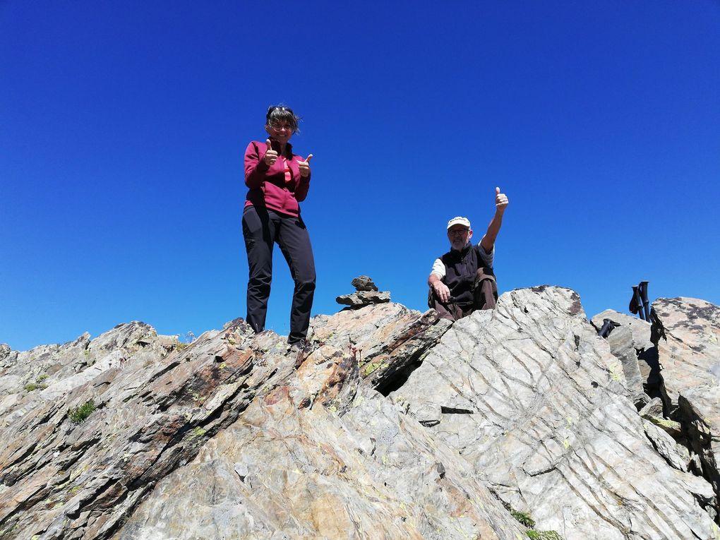 Les Amis de la Nature l'ont fait ! Un grand bravo à nos 3 alpinistes !
