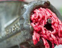 Lidl und Aldi Süd rufen Rinderhackfleisch zurück