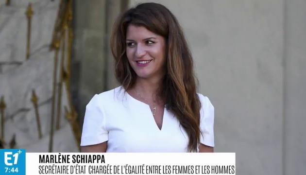 Marlène Schiappa répond aux violentes critiques sur Internet après l'annonce de sa co-animation avec Cyril  Hanouna du grand débat vendredi sur C8