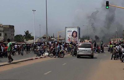 L'insurrection populaire au Togo : une légitime réponse à la tyrannie criminelle présidentielle des Gnassingbé, progéniture de la Françafrique.