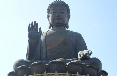 Hong Kong (3) ... L'île de Lantau et le Bouddha Tian Tan