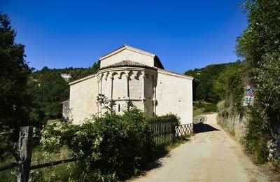 Une belle église romane