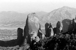 Grèce 1970 ... Les toits du Ciel ...