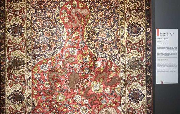 Des tapis prestigieux de Kumkapı issus de la collection Arkas exposés à Istanbul
