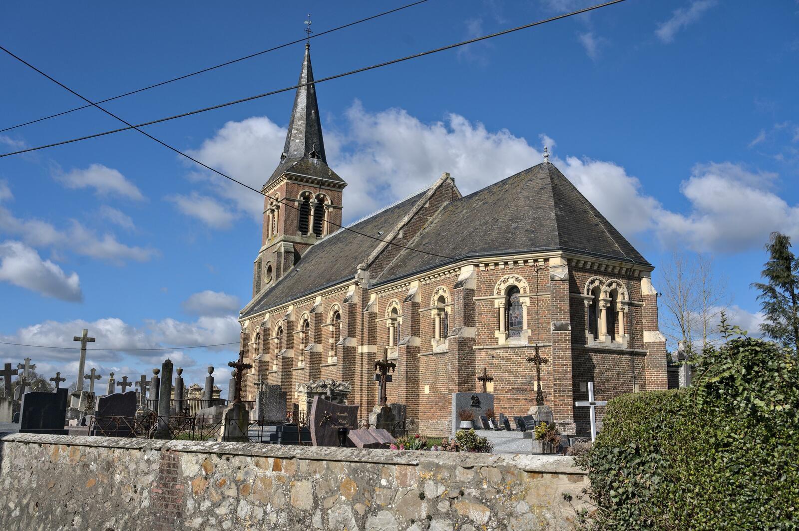 Eglise Saint-Pierre de Rumesnil, pays d'Auge, calvados.