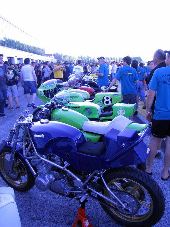 Journées-Coyote-2010-Nogaro Démonstrations motos et sides anciens