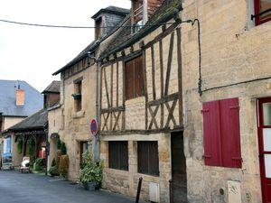 Que la France est belle : le Périgord noir 2- de Montignac aux Eysies
